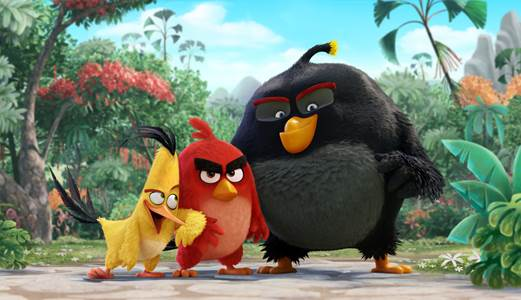 Chuck (Josh Gad), Red (Jason Sudeikis), Bomb (Danny McBride) in Columbia Pictures und Rovios ANGRY BIRDS. Photo credit: Columbia Pictures und Rovio